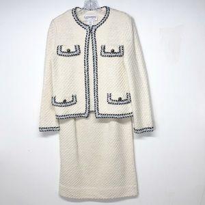 Vintage Retro Style Castleberry Skirt Suit
